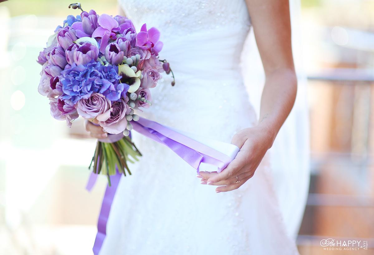 Букет невесты с гортензиями, розами, орхидеями и тюльпанами