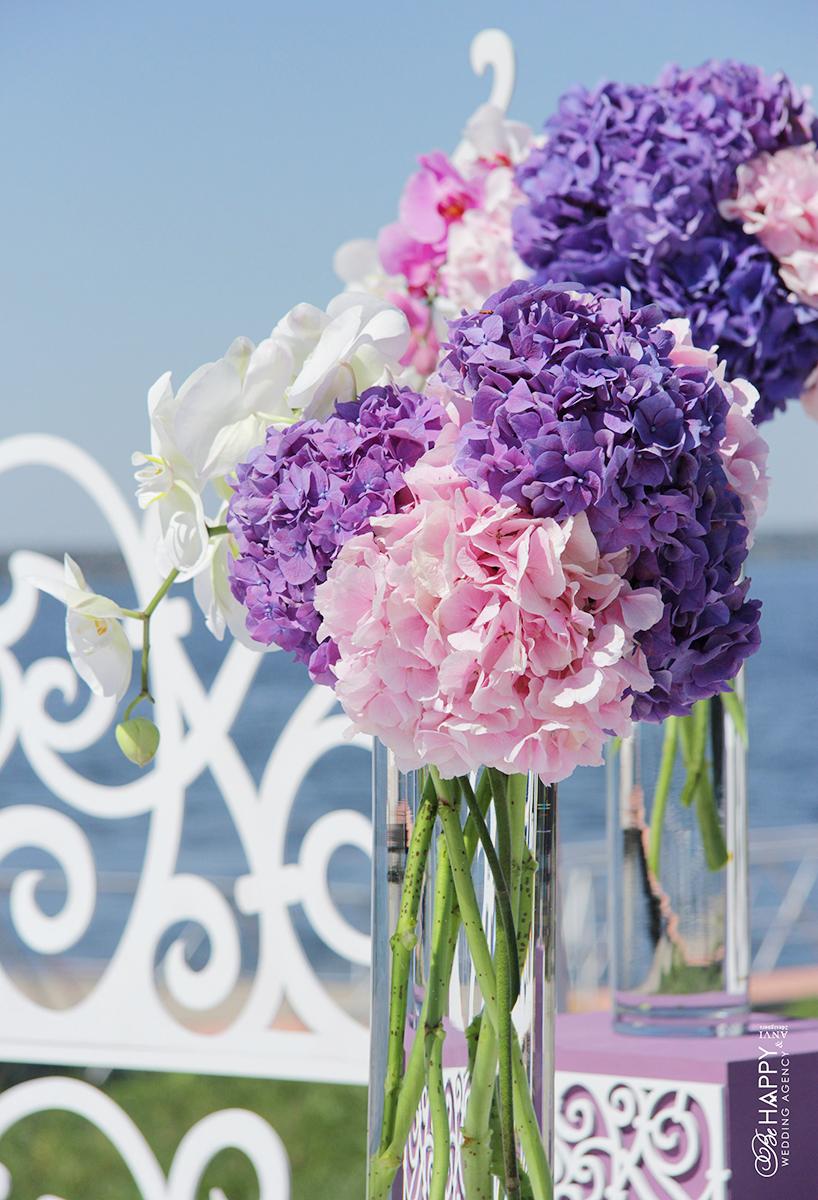 Украшение свадьбы живыми гортензиями и орхидеями Николаев