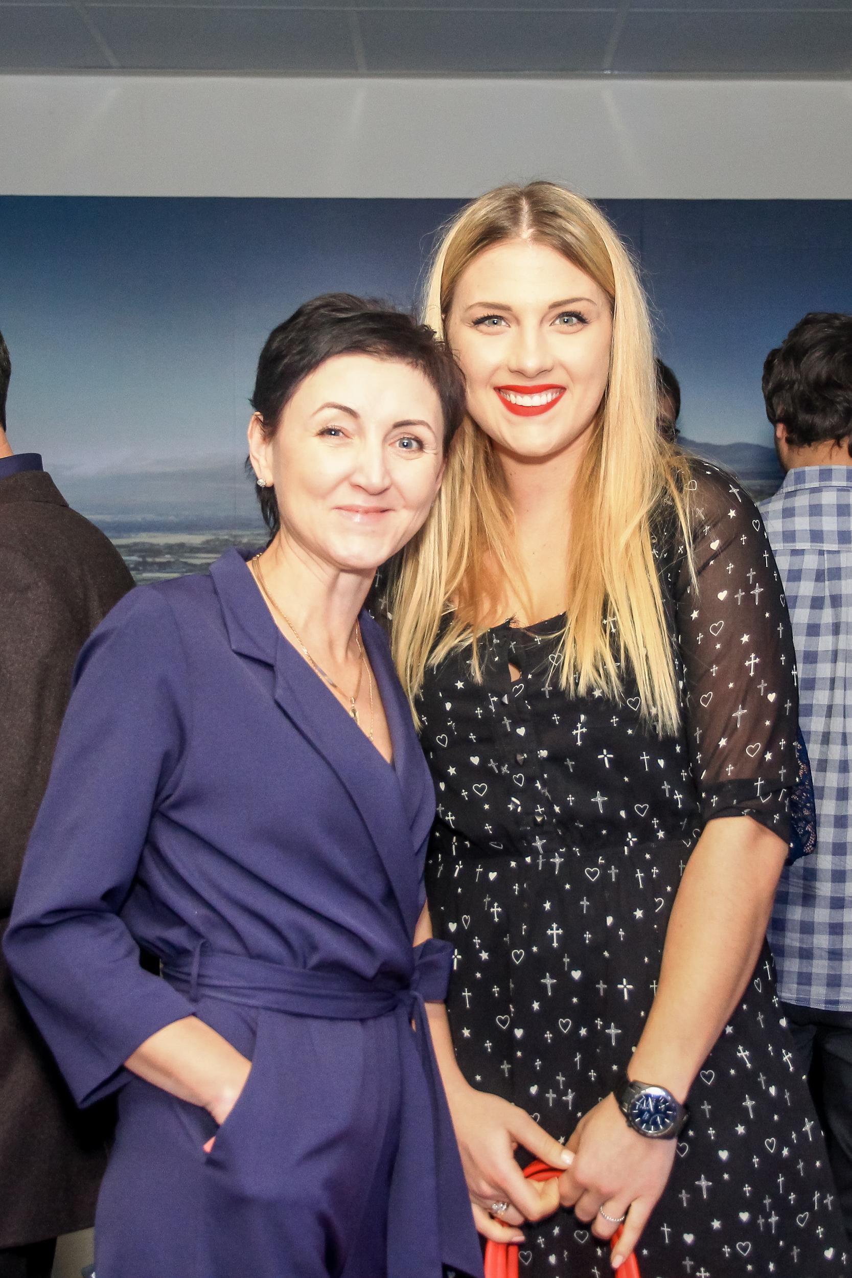 Лариса Яровая и Ольга Харлат презентация BMW Николаев
