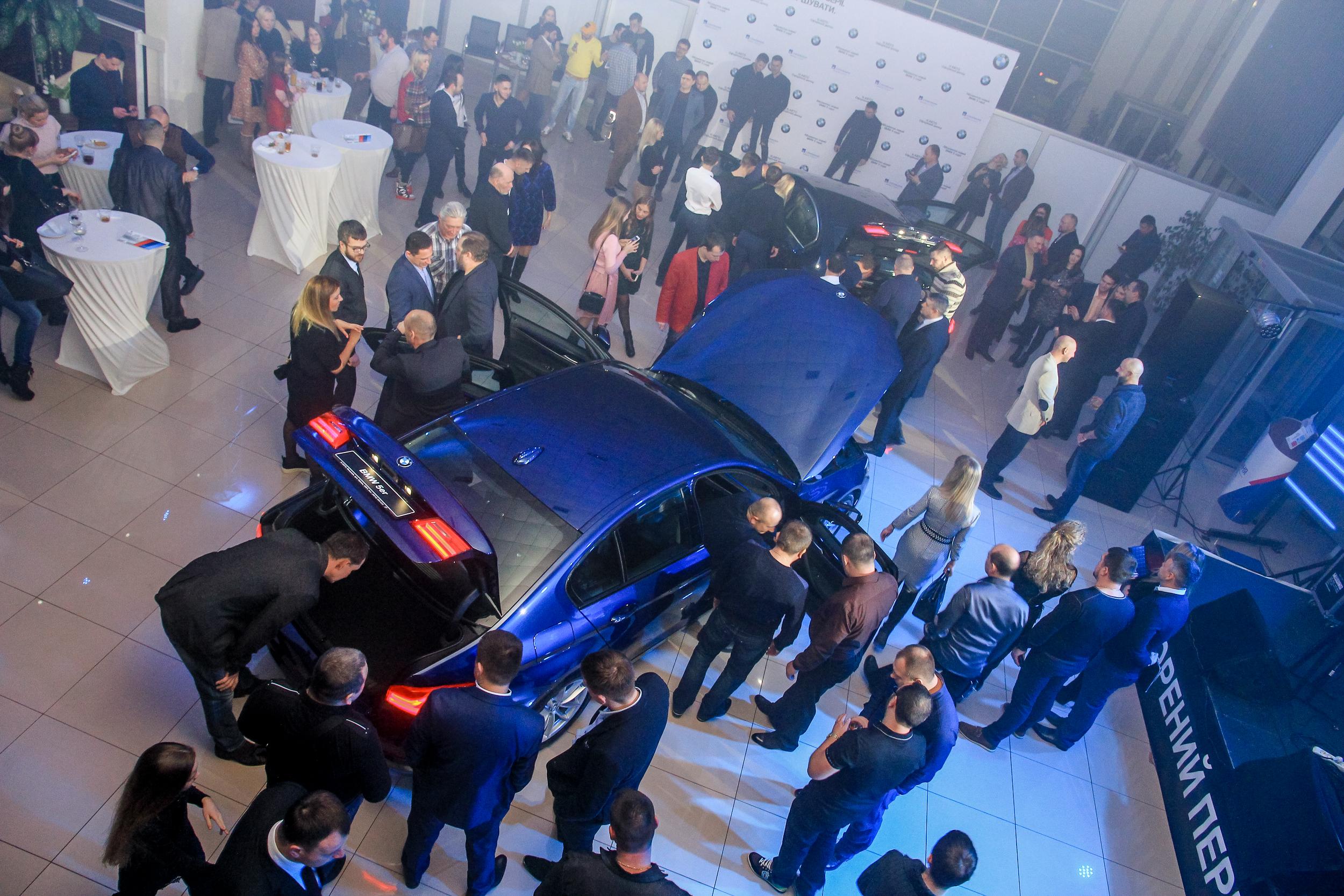 Презентация нового автомобиля BMW 5-Серии среди гостей Николаев