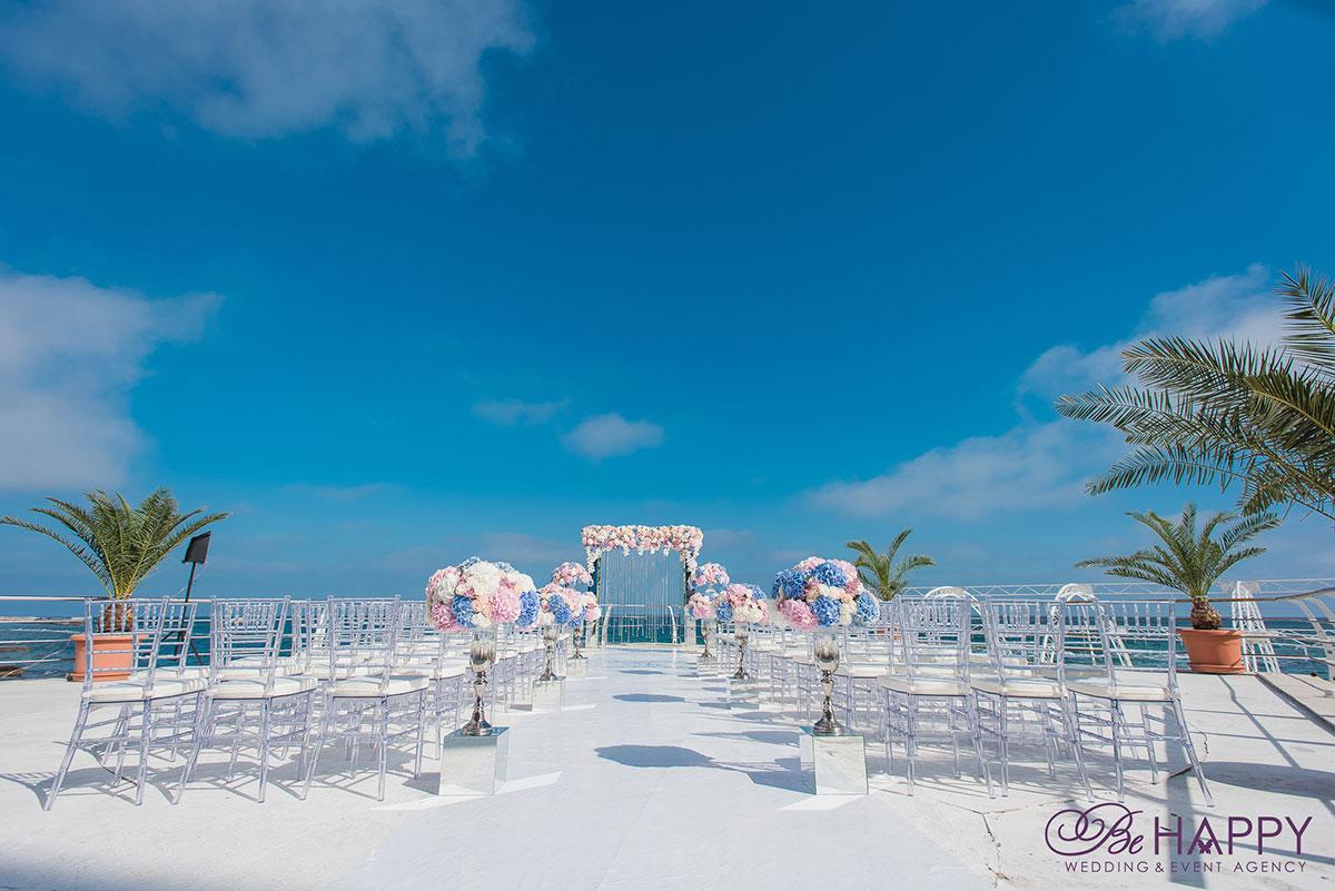 Роскошная выездная свадебная церемония Би Хеппи Николаев