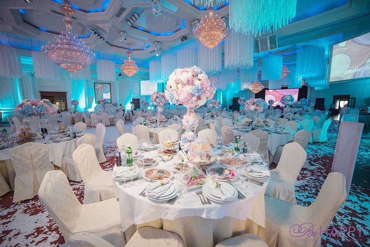 Роскошное оформление банкетного зала свадьба Николаев