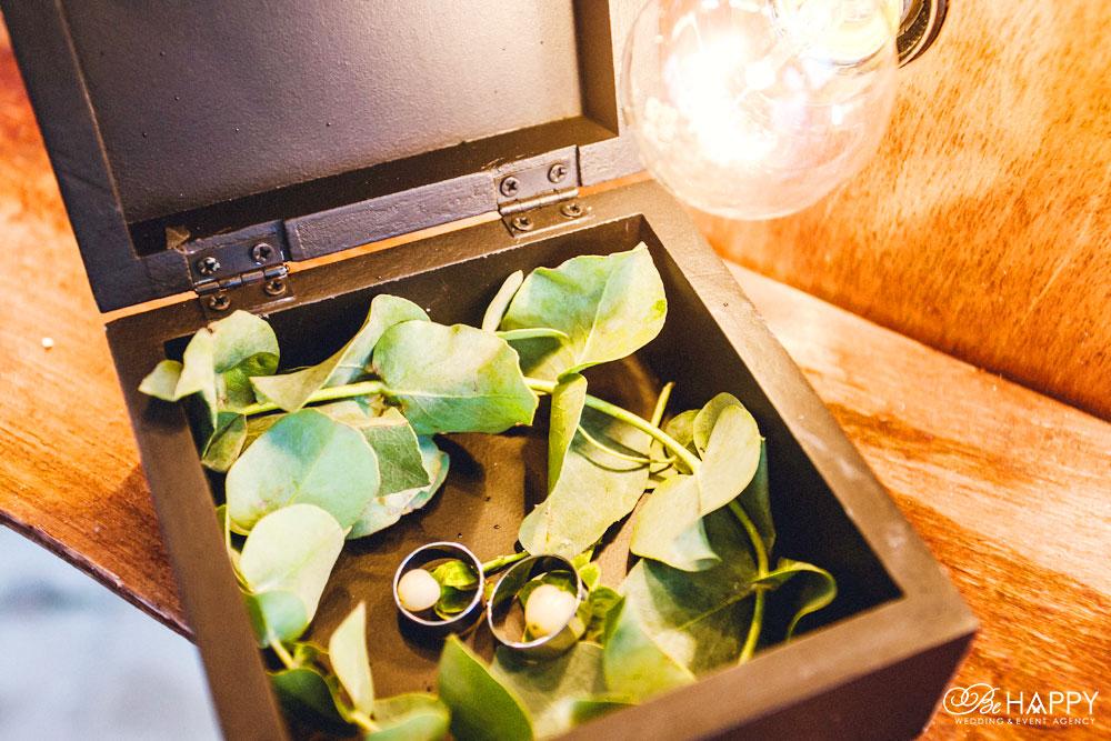 Деревянная шкатулка для обручальных колец свадьба Николаев