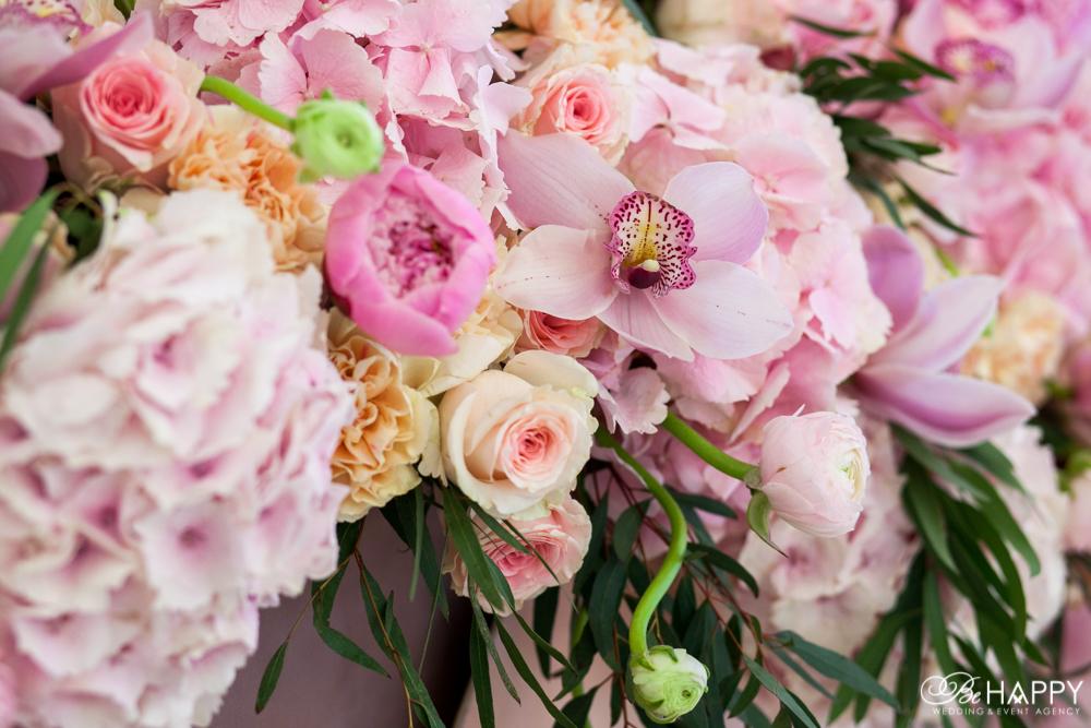 Живые розовые орхидеи цветочная флористика бихеппи