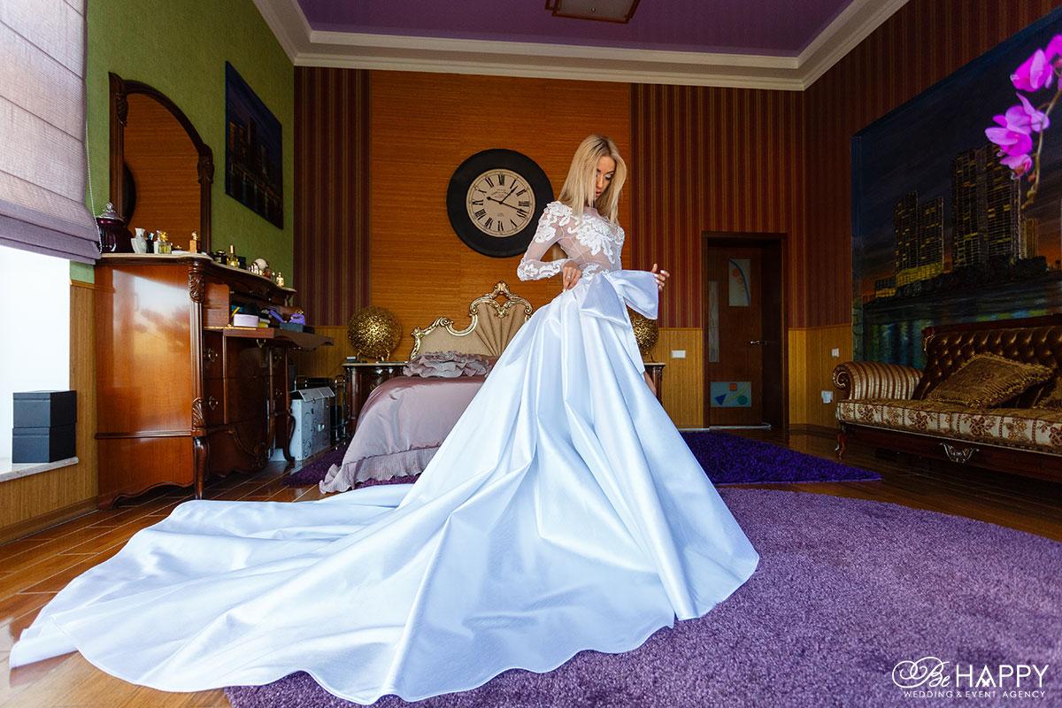 Фото невесты в свадебном платье Би Хеппи Николаев