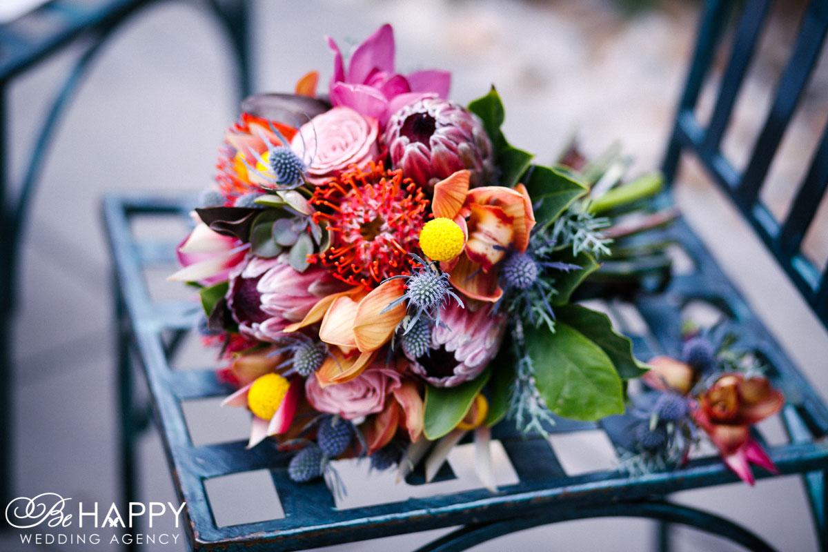 Яркий свадебный букет невесты свадьба Николаев