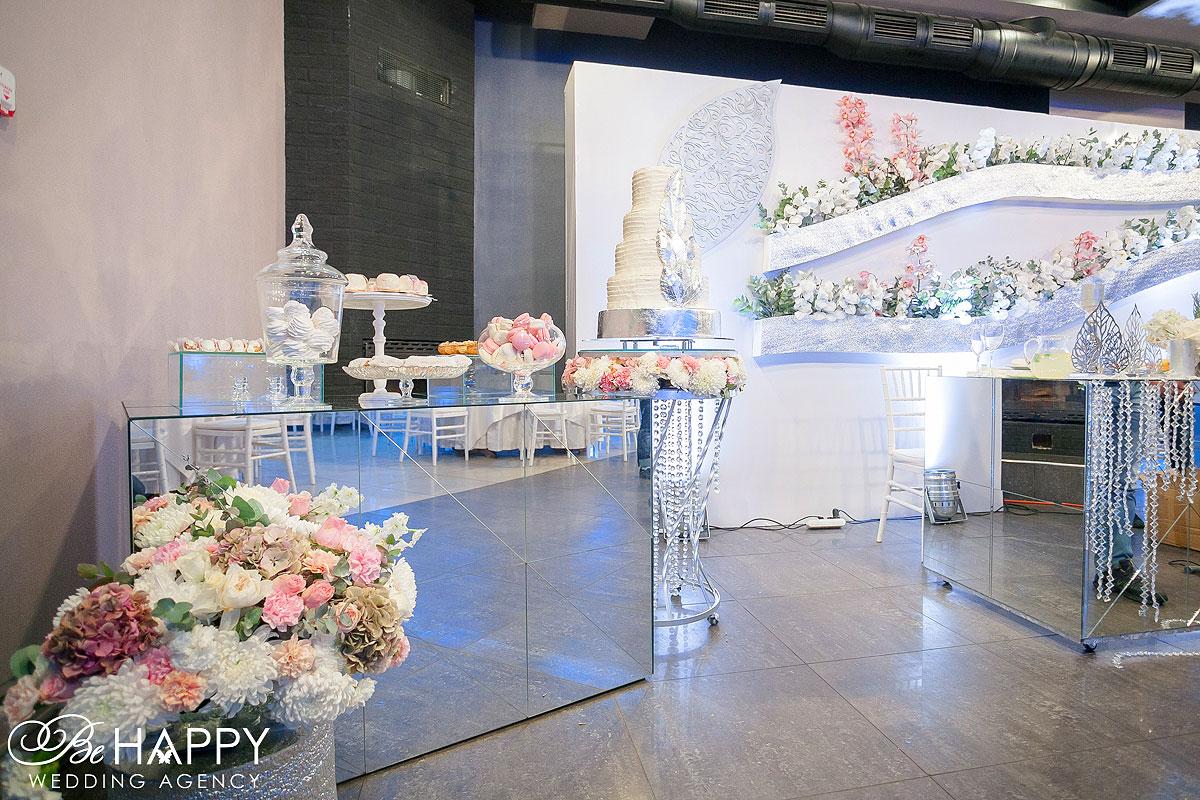 Свадебный торт и кенди бар свадьба Николаев