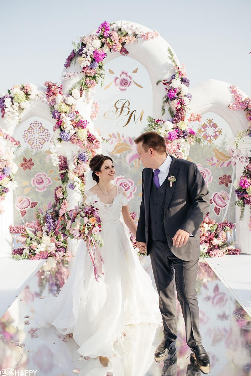 Фото жениха и невесты свадьба в шато князя Трубецкого Би Хеппи