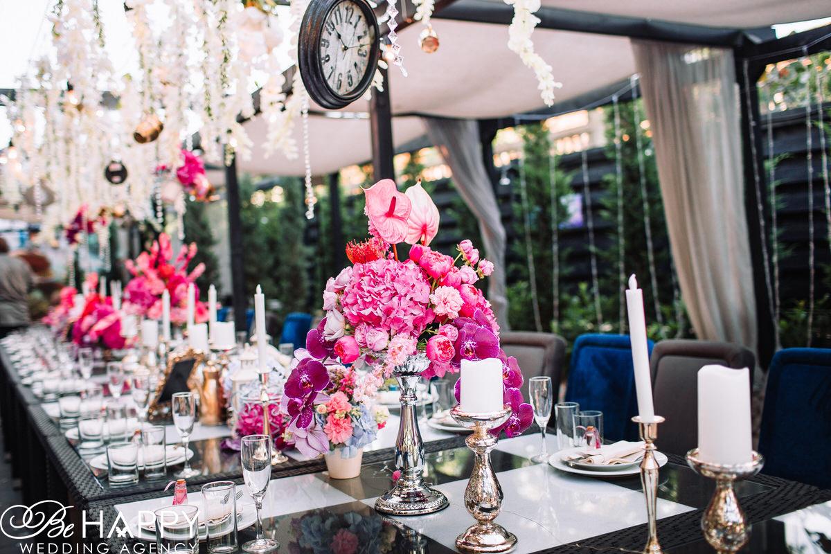 Свадебный декор украшение банкетного стола Би Хеппи