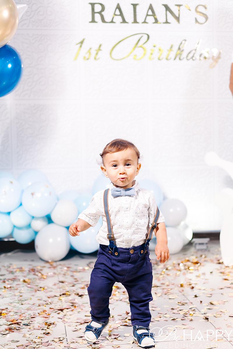Фото маленького именинника на детском празднике